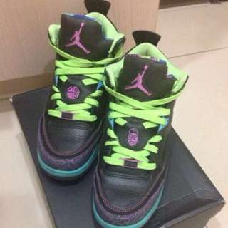 🚚 Jordan son of low(GS) 6.5y