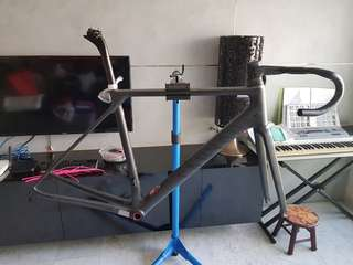 Canyon Ultimate CF SLX frameset