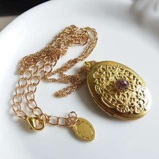 ✨ 維多利亞的回憶 🌾 美國古董蕾絲水鑽黃銅相盒 ✨