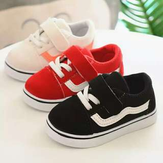 BN Toddler shoes(Unisex)