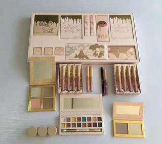 KYLIE JENNER MAKE UP SET