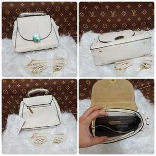 hand/slingbag