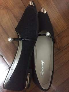 黑色暗閃平底鞋