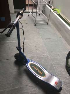 razor electric scooter e300
