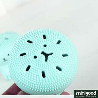 Facial Brush / Sikat Wajah