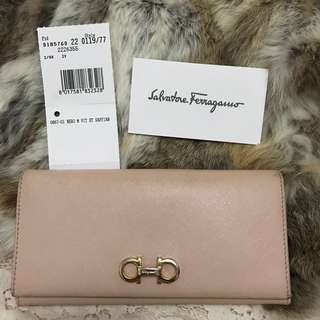 Preloved Salvatore Ferragamo