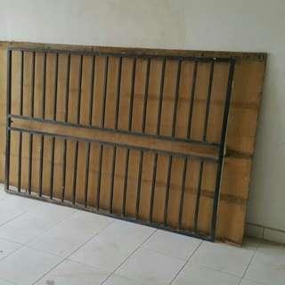 "Steel window railing 5'10.5""x3'10.5"""