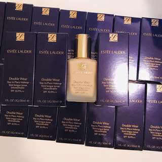 Hkd$260 Estee Lauder double wear foundation 持久粉底液 30ml 貨裝 (all color 咩色都可訂)
