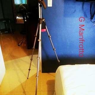 Tripod Manfrotto Compact MKC3-H02 Photo Movie Tripod