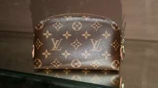 LV Cosmetic Pochette Monogram Canvas