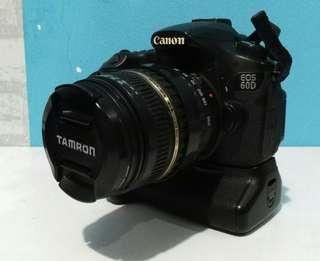 Kamera DSLR Canon 60D lensa Tamron + BG