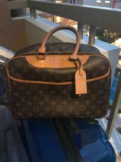 Louis Vuitton Deuville Doctor's Bag