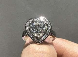 Heart Signity Diamond Ring