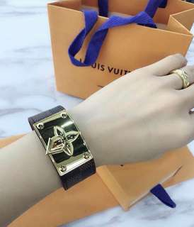 LV LEATHER BANGLE