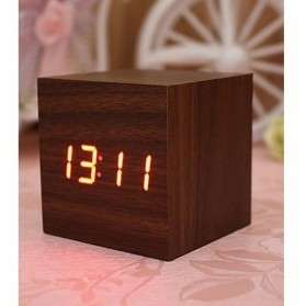 jam digital kayu