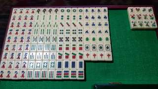 Mini mahjong set