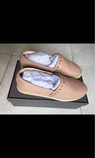 Sepatu merk PEDRO