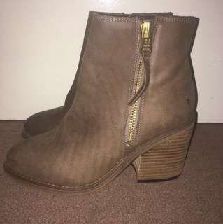 Windsor Smith maaze Boots in brown size 8