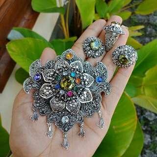 1 set bross + giwang + cincin silver + stone