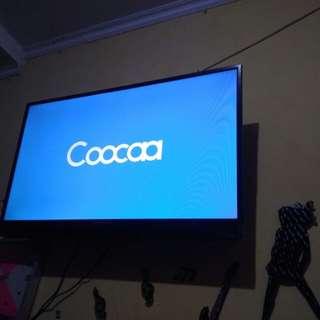"""Tv coocaa 39"""" LED+ free breket masih ber garansi"""