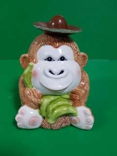 Ceramic monkey holder