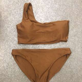 BRAND NEW EARTH TONED TWO PIECE