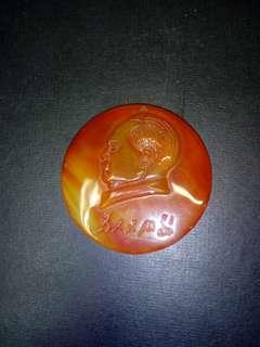 天然红纹玛瑙毛主席像。5.cm