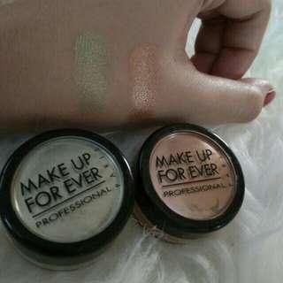 Reprice Take All. Make Up Forever powder eyeshadow