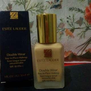 Foundation ESTĒE LAUDER Double Wear Stay-in-place Makeup