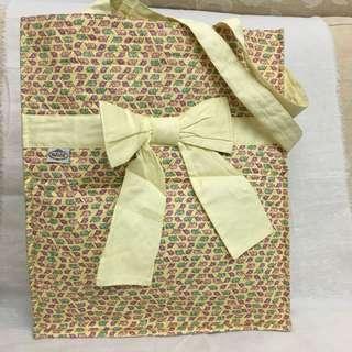 NaRaYa bought from Thailand elephant yellow bag 泰國大笨象黃色手提袋蝴蝶結袋