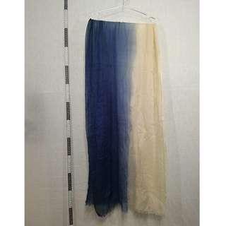 🚚 71118162-Net half blue half white scarf半藍半白圍巾