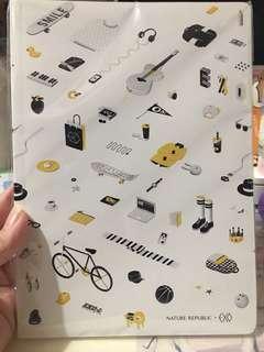 EXO NR notebook (內有貼紙)