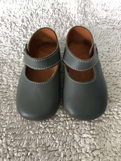 Preloved Chateau De Sable Size 20 Grey Leather Mary Jane Shoe for Baby Girl