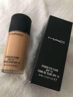 100% MAC Foundation NC25