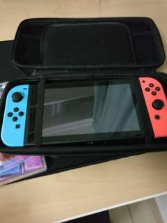 [BRAND NEW] Nintendo switch w/ Zelda BOTW and Mario Kart 8
