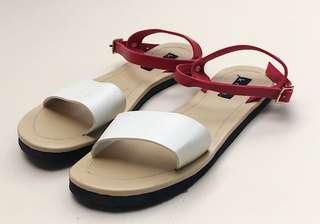 Cyanne One Band Sandals