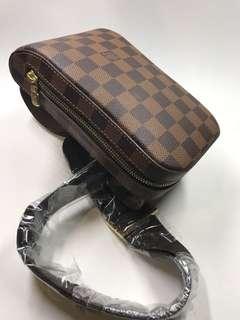 LV 絕版心口袋 啡格花 全新購自巴黎保正真品