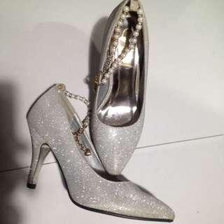 RUSH! SoFab Silver Heels