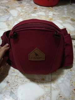 i-Angel Hipseat Carrier (Wine colour)
