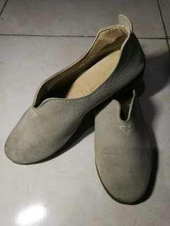 Vintage Unknown Brand Suede Slip-on Gray