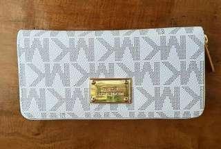 🔥SALE🔥  Michael Kors Jet Set Continental Zip Wallet