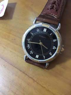 Authentic vintage fossil leather watch