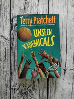 USED BOOK Unseen Academicals