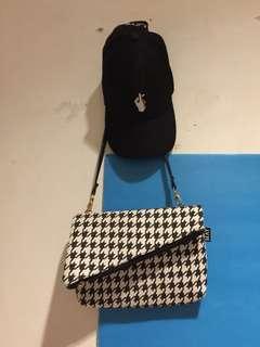 Topi hitam + tas