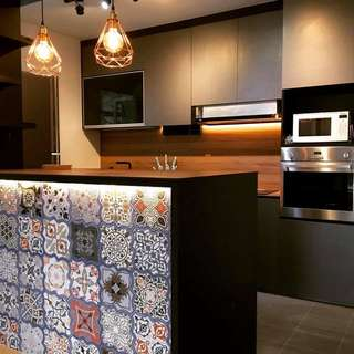 Kitchen Cabinet And Table Top