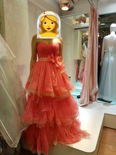 桃紅色婚紗裙