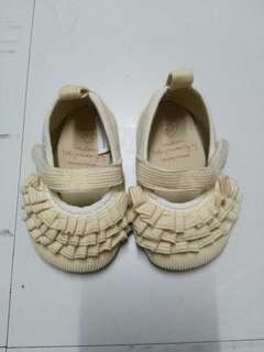 Zippy doll shoes