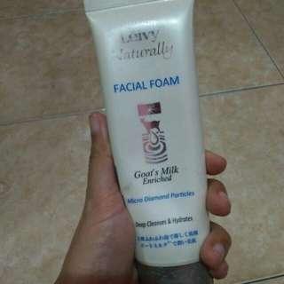 Leivy Naturally Facial Foam Goats Milk