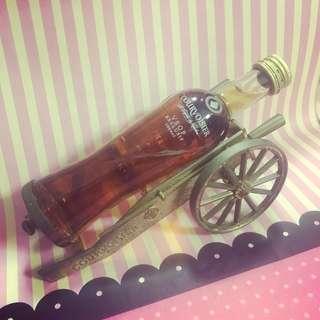Courvoisier Cognac酒板仔連架(酒未開 架有9成新) $140