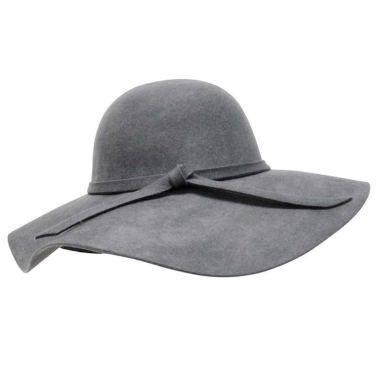 BRANDY MELVILLE WOOL FELT FLOPPY HAT